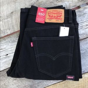 NWT Black Straight Leg 550 Levis Relaxed Fit 33x34